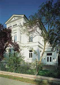 Fenster Historic Line Bild eines Hauses